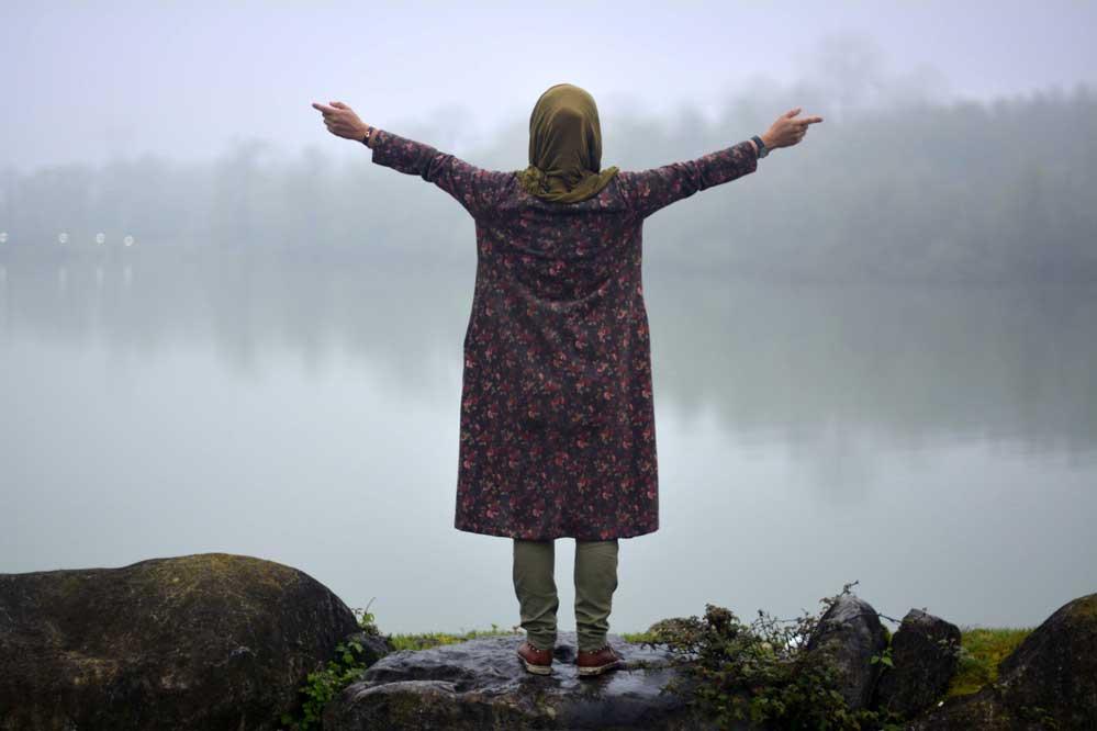 خانم ها برای شاد بودن این ۵ خصوصیت را داشته باشید