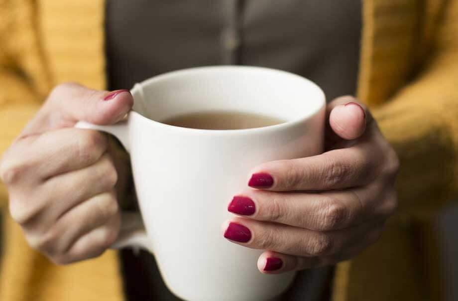 ۱۰ دلیل برای اینکه هر روز چای بنوشید