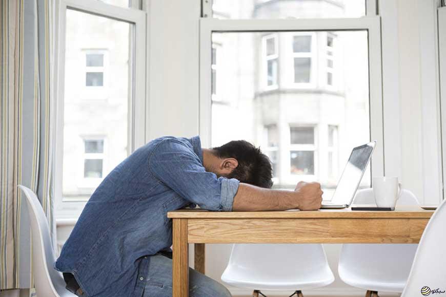 ۸ عادتی که افراد موفق از آنها دوری میکنند